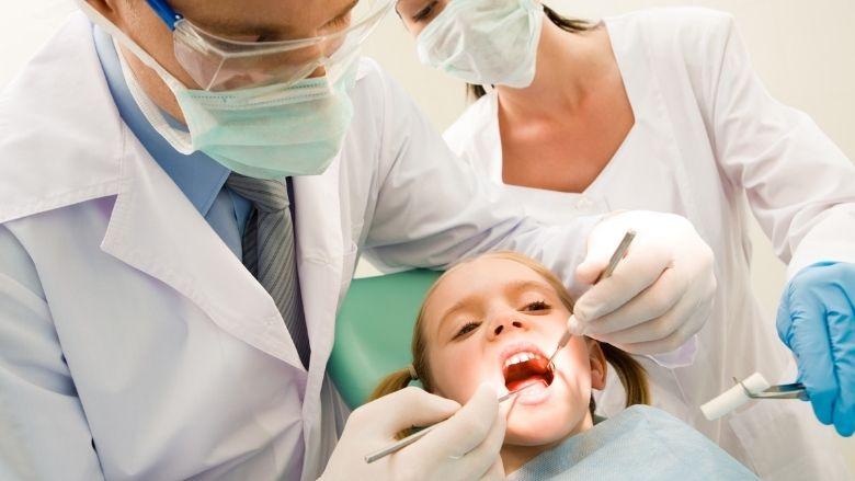 Les enfants immunodéprimés ont un risque majoré de parodontite